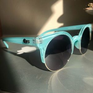 QUAY sunglasses Blue/Turquoise round NEW
